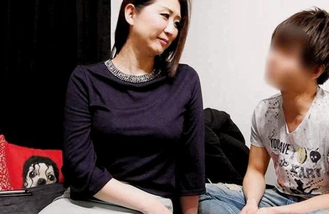 ◆熟女ナンパ◆長身熟女のお部屋訪問!スラッと高身長な人妻をナンパ即テイクアウト、お風呂でいちゃラブ!!