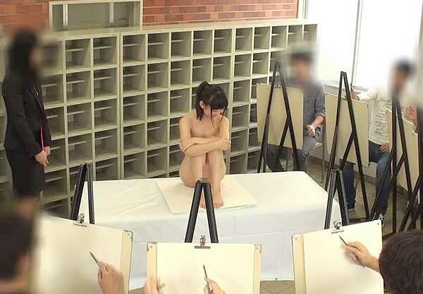 ◆羞恥◆モデルの仕事のはずがアナルを広げられて困惑!公開セックスで潮吹きしちゃう羞恥シチュエーションに興奮!
