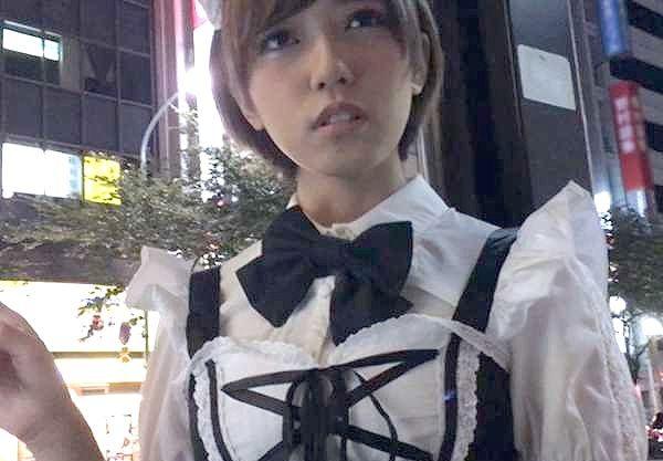 ◆外国人◆コスプレ好きな外人少女!妙に日本語が上手いが関係ねぇ!迫力おっぱいはどデカ乳輪!!