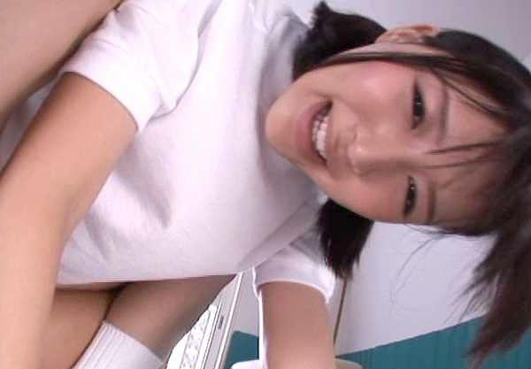 ◆JK◆『おチ○ポ欲しいんです♡♡』黒髪JKがフェラ奉仕の癒しまくりFuck!ズラしハメきめちゃう大量ザーメン大放出!!