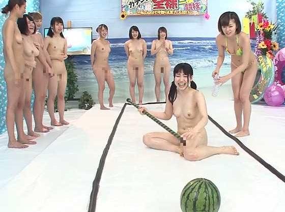 ◆企画◆『あぁッ…ヤバイって♥』ぬるぬるローションで大狂乱!全裸で挑むマジキチ企画に奮闘するお姉さん達w