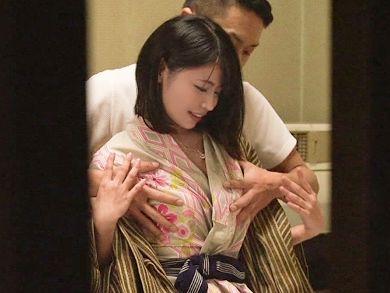 ◆NTR温泉◆『だめぇ、彼がいるんです…♥』TV企画を装うイケメンが美肌彼女に接近!戸惑いつつ抱かれる不貞娘を盗撮成功w