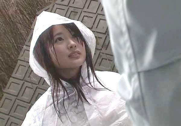 ◆強姦◆激カワ少女を山中に拉致して即ハメ強姦!制服ズラしておかしまくる鬼畜なレイプ!!