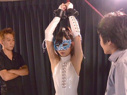 ◆奴隷◆『んっ…気持ちぃ…』悪の組織に囚われて凌辱を受ける女捜査官!拘束されて強姦、望まぬ快感に悶絶してしまう!!