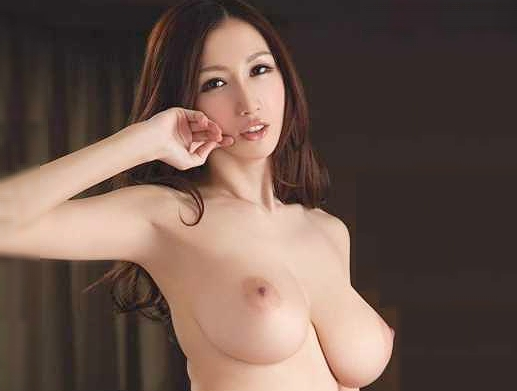 ◆JULIA◆『んっ、そこダメぇ♥』巨乳人妻がおっぱいフル活用の寝取りSEX!だいしゅきホールド決まって悶絶Fuck