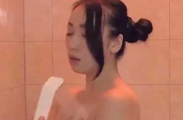 ◆ながえスタイル◆『お願い、もっと…♥』子供を放置で不貞なSEX!ホテルで悶絶寝取りの本気Fuckしちゃうおばさんw