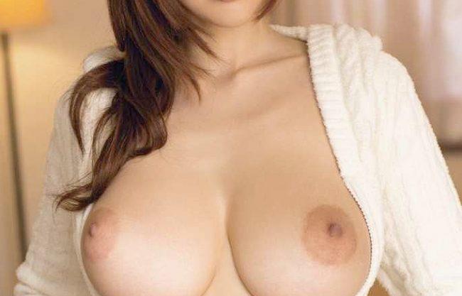 ◆JULIA◆『妹には内緒にしてあげる♥』極上おっぱいで迫る彼女の姉!誘惑に負けて不倫SEXで大量の膣内射精