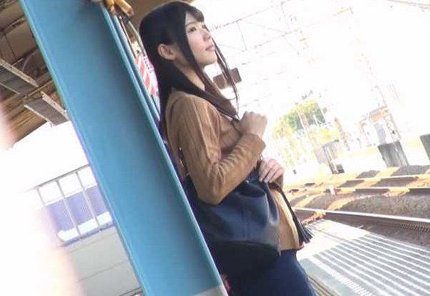 ◆痴漢◆『もうだめぇ…!』激カワ女子大生が外国人に痴漢され悶絶!デカチンを無理矢理ハメられて膣内射精の羞恥