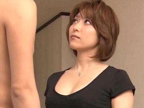 ◆熟女◆『あぁッ、キモチぃ…♥』夫婦仲が冷え気味の美人おばさん!男優チ○ポに困惑しつつ絶頂しちゃうデビューFuck!