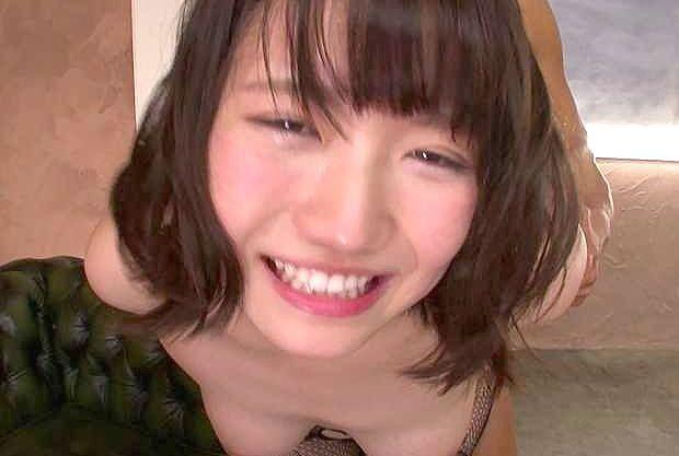 ◆みつ葉◆『おかしくなっちゃう♥』連続絶叫の激ピストン!ロリ巨乳な美少女が巨根ハメられてガチイキ大絶頂ww