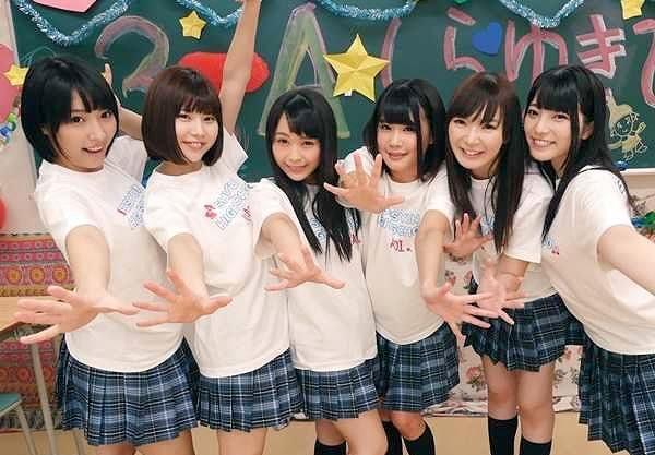 ◆乱交◆『だめぇ、キモチぃ♥』年頃女子校生が教室で絡み合い絶叫!レズキスしまくり濃密ハーレムww