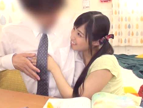 ◆痴女◆『先生、私とえっちしたい?♥』モテなそうなマジメ家庭教師を誘惑!主観フェラに手コキ、勃起させて遊ぶ貧乳美少女w