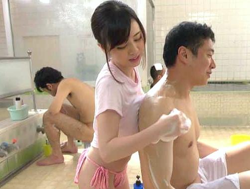◆企画◆『キモチよくなって♥』お風呂屋さんの看板娘がおっぱい密着大サービス!ノーブラで奉仕しまくりリピート不可避w