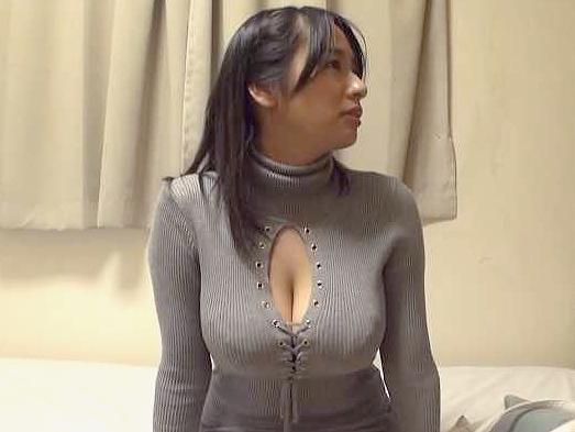 ◆素人ナンパ企画◆『いやっ、もうだめぇ♥』着衣巨乳のおっぱいがエロ杉!フェラ&絶品パイズリ、電マに悶えるS級美人