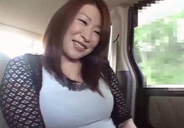 ◆熟女◆『親子なのに…♥』息子とお母さんが行く温泉旅行!浴衣の母に欲情した息子が襲う禁断挿入の母子相姦!!