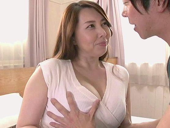 ◆爆乳◆『触っていいのよ♥』豊満おばさんが絶品おっぱいで誘惑するベロチュー&パイズリ奉仕!主観の痴女責めで悶絶絶頂