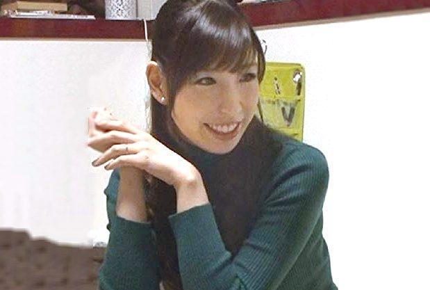 ◆人妻ナンパ企画◆『久しぶりやわ…♥』関西弁の巨乳美女を連れ込み!爆乳に大興奮で騎乗位悶絶の禁断不倫を盗撮しちゃうww